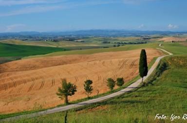 Z Digitalno kamero po Toskani