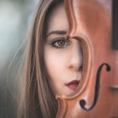 Dejana Medica Šaule: Nika in njena ljubezen do violine